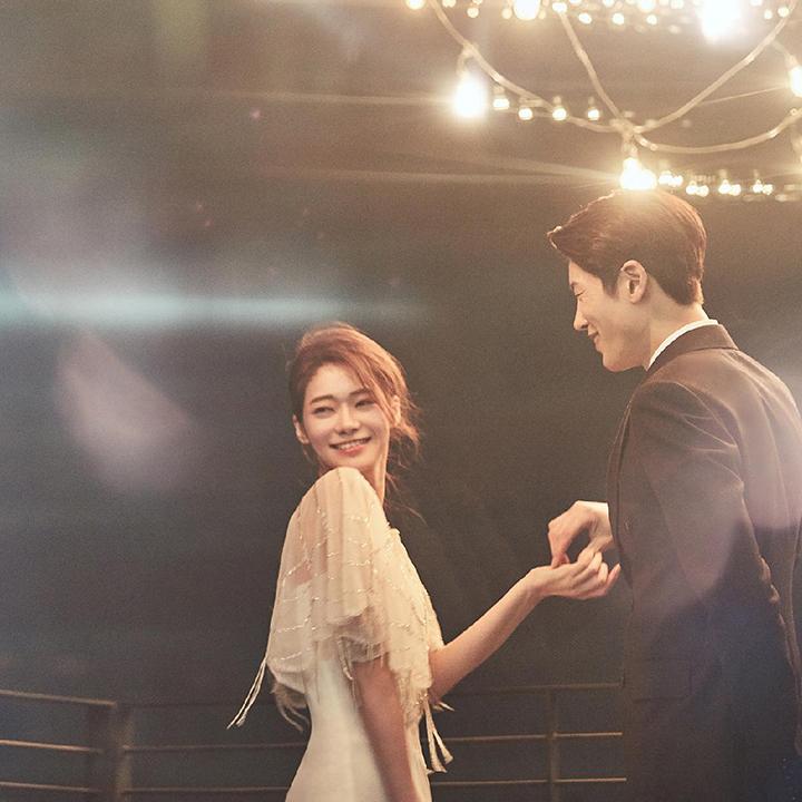 웨딩촬영&예식스냅 30만 원 할인+예식 영상 무료 촬영